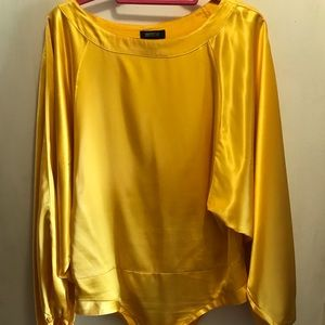 Yellow Blouse with button crouch